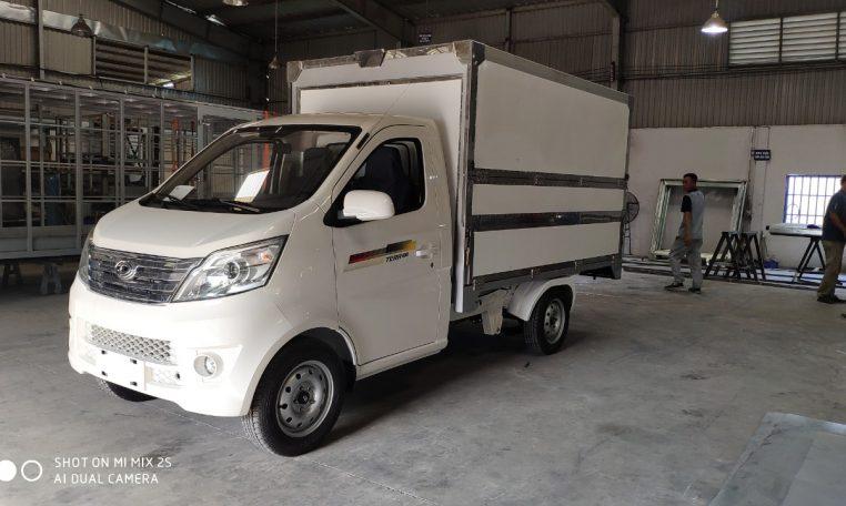 Giá xe tải tera 100 bán hàng lưu động mới nhất 2021